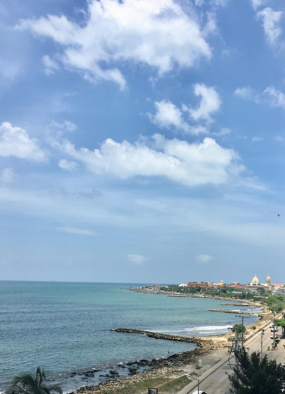 Cartagena. A lo lejos Ciudad Amurallada